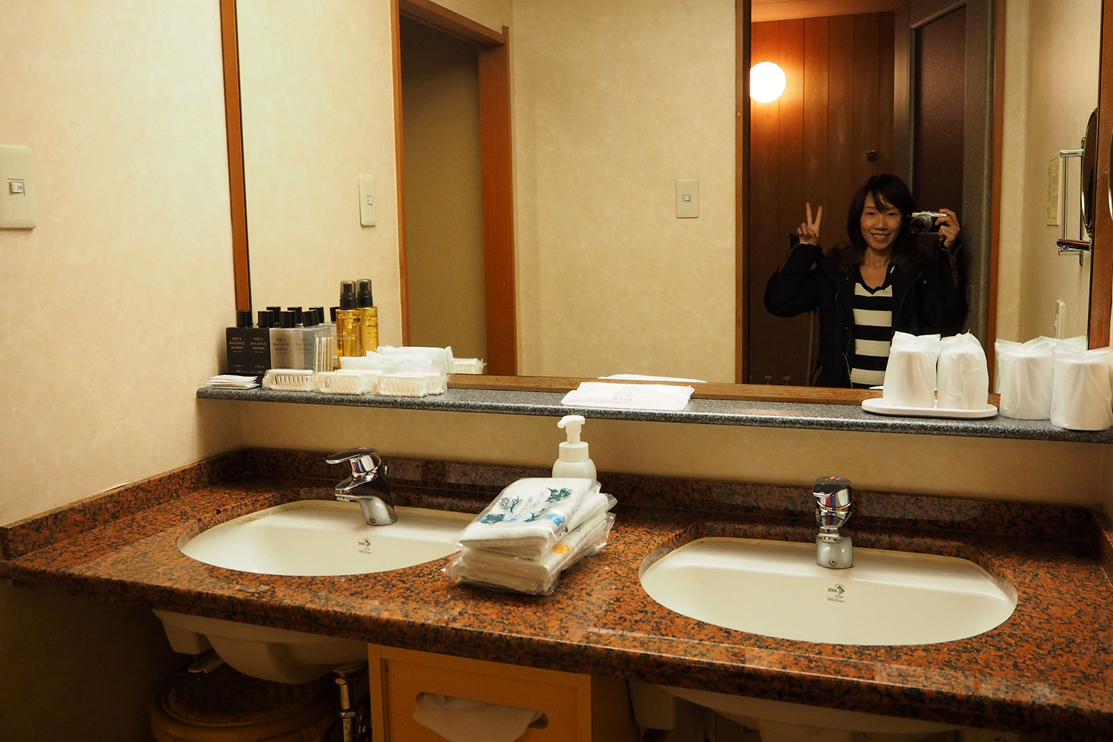 ryokan wash basins | Staying at Yumotokan Onsen Ryokan in Kyoto • The Petite Wanderess