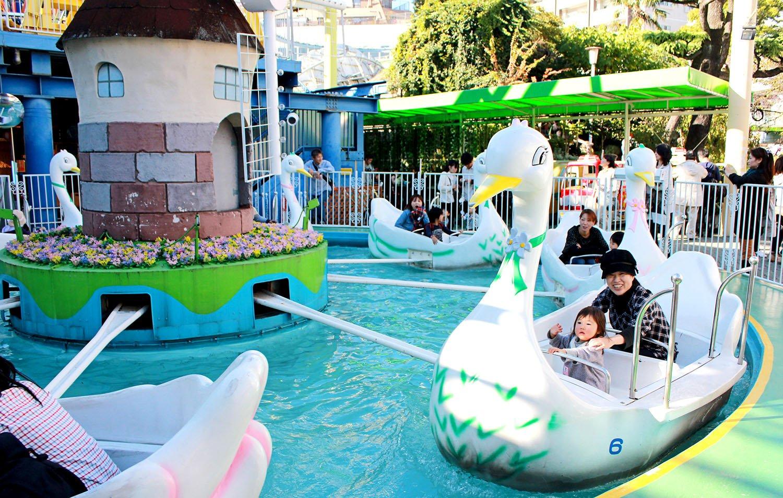 swan ride at Hanayashiki Amusement Park Tokyo
