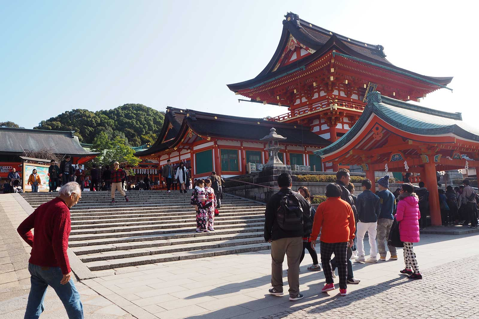Fushimi Inari • The Petite Wanderess