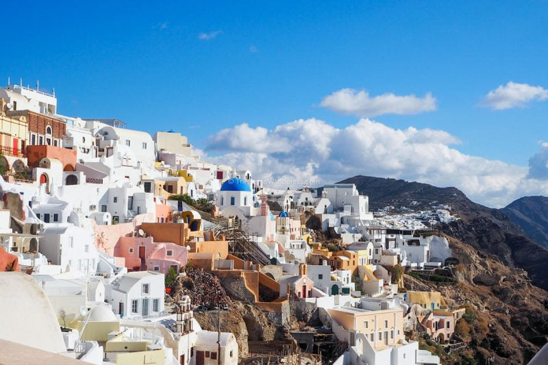 Oia | Santorini in January – Solo Travel Guide • The Petite Wanderess