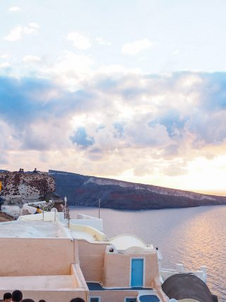 Chasing the glorious Santorini Sunset, alone • The Petite Wanderess