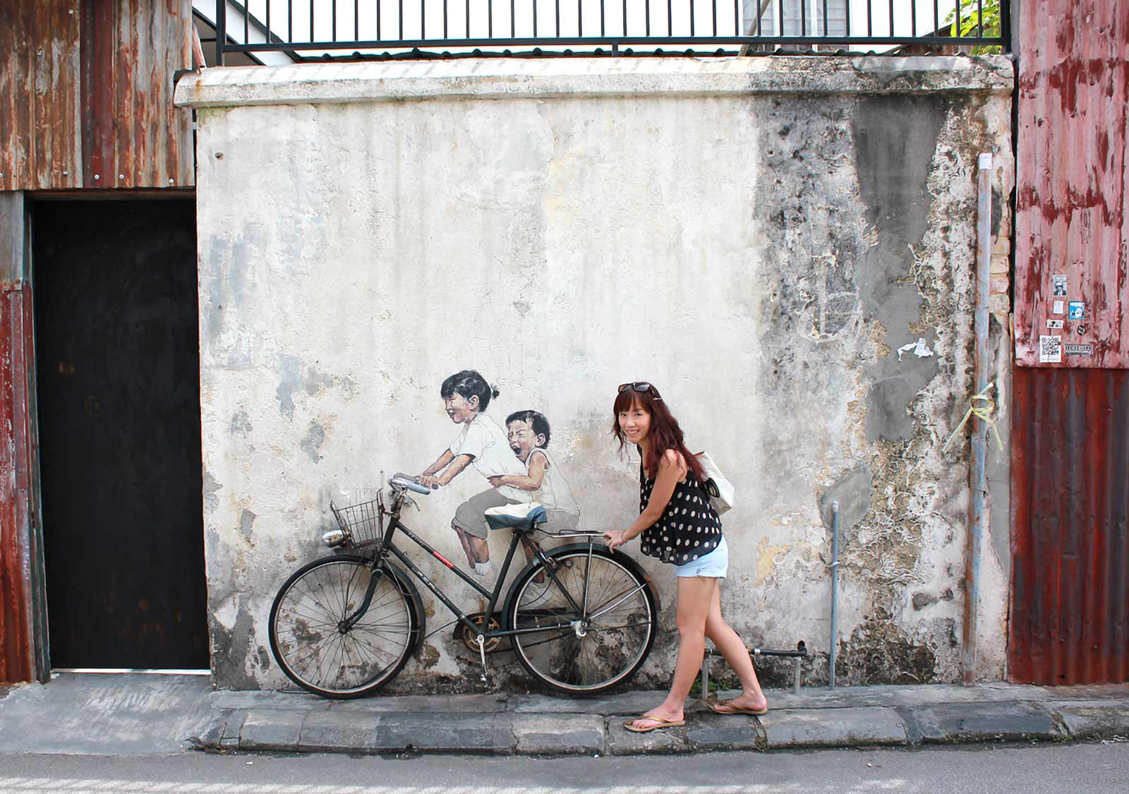Penang S Street Art In 15 Photos The Petite Wanderess