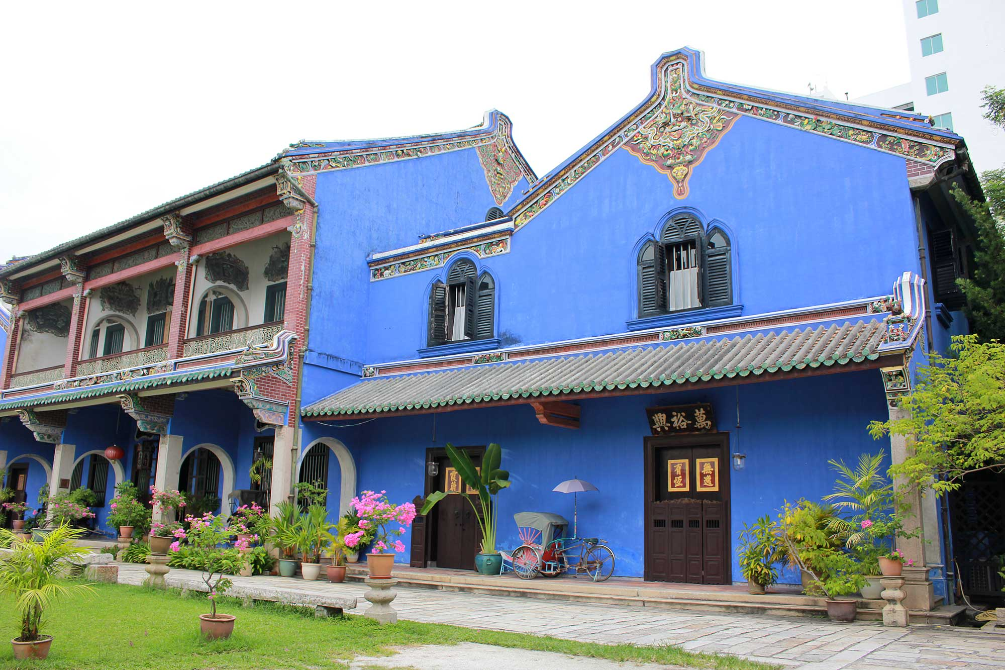 Penang's Blue Mansion • The Petite Wanderess