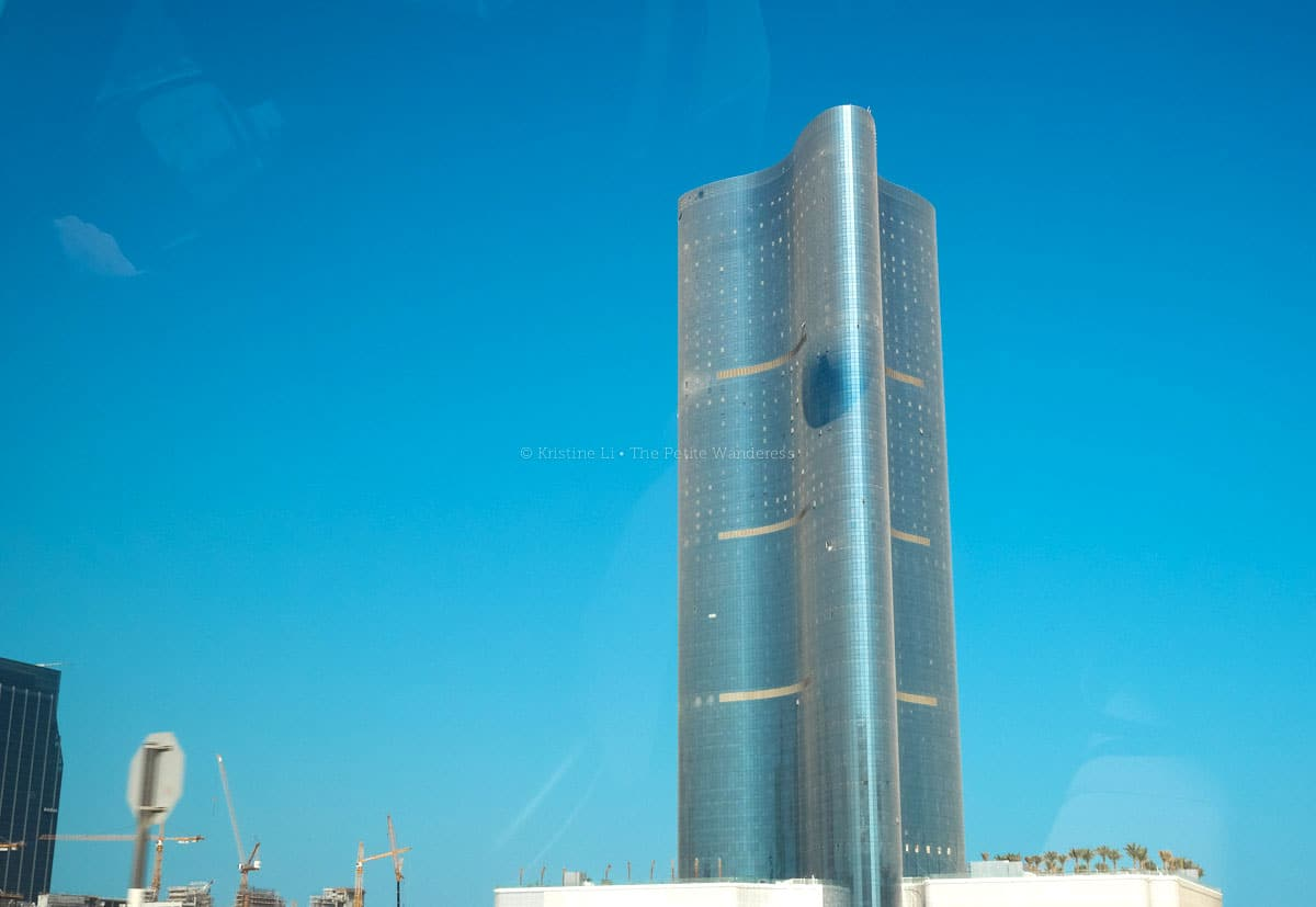 dusty building in Abu Dhabi • First impressions visiting Abu Dhabi