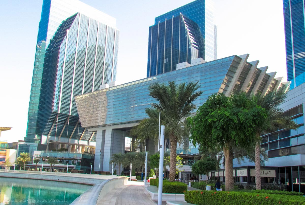 building • First impressions visiting Abu Dhabi