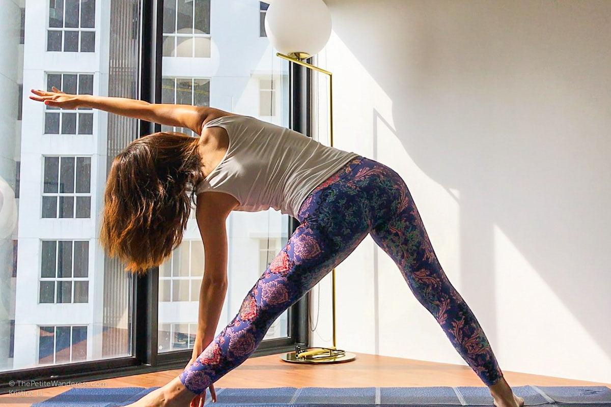 Triangle pose on Khataland YofoMat | Foldable travel yoga mat review • The Petite Wanderess