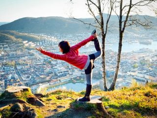 dancer yoga pose, Bergen, Norway • The Petite Wanderess