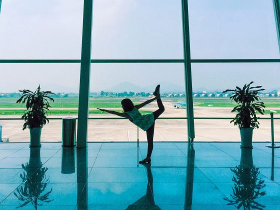 How to Low-Key Practise Yoga At the Airport