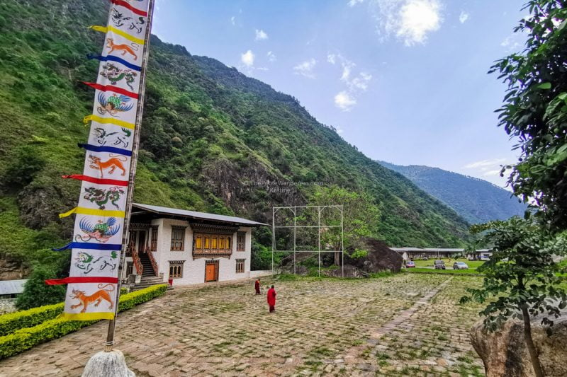 Gom Kora ancient monastery | Eastern Bhutan road trip photos • The Petite Wanderess